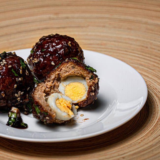 MeniuFamilie.ro by Elegant Catering - Chifetele de pui umplute cu ou de prepeliță