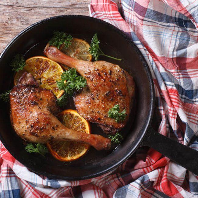 MeniuFamilie.ro by Elegant Catering - Pulpă de rață cu sos de portocale și ierburi aromate 2buc